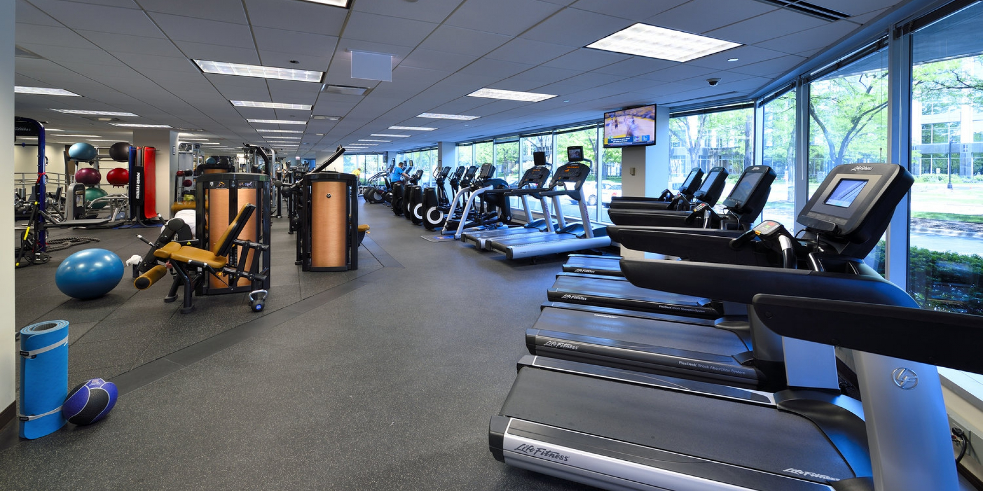 Columbia Center - fitness - Adventus Realty