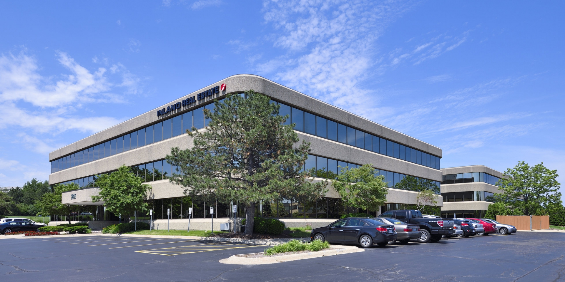 Oak Brook - parking - Adventus Realty